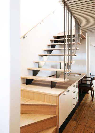 Scandinavian Staircase Cottage Place