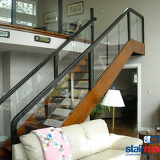 Modern Staircase by CP Stairmasters Inc.