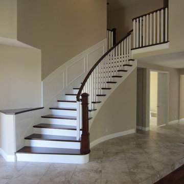 Craftsman paint and stain with Wainscoting