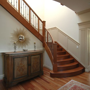 Craftsman Style in Burlingame Stair
