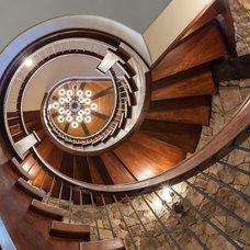 Rustic Staircase by Glennwood Custom Builders (NC)