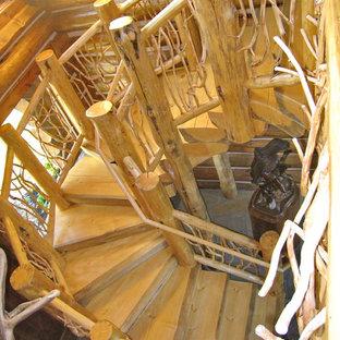 他の地域のラスティックスタイルのおしゃれな階段の写真