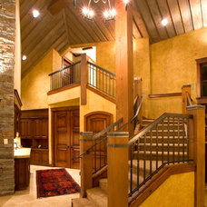 Traditional Staircase by Scott Gilbride/Architect Inc.