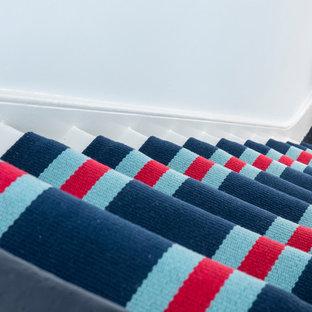 ロンドンのトラディショナルスタイルのおしゃれな階段の写真