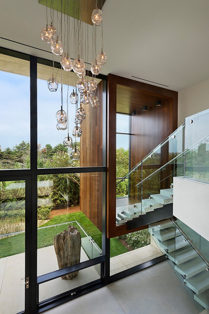 contemporary staircase by Jack deLashmet and Associates