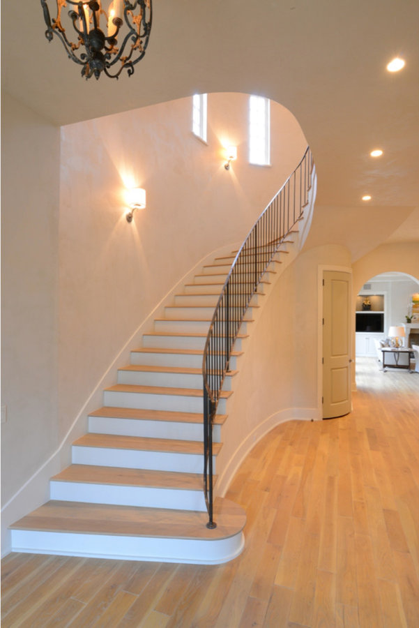 Curved Staircase Feature