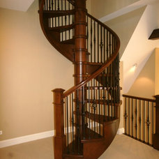 Traditional Staircase by Matthies Builders