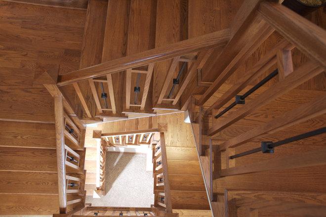 Traditional Staircase by Daniel DeVol Custom Builder