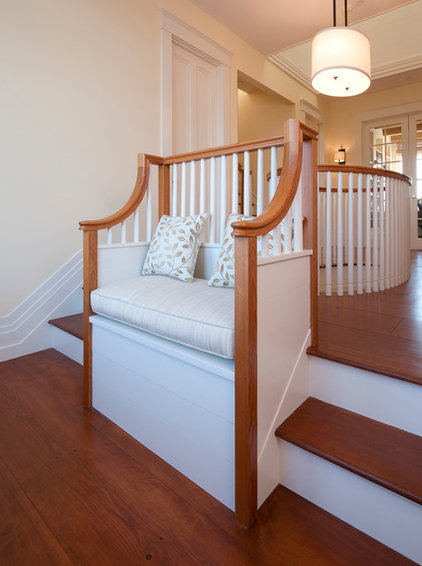 Traditional Staircase by Foley Fiore Architecture