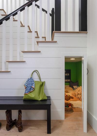 Klassisch modern Treppen by Von Fitz Design