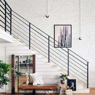 Idées déco pour un grand escalier scandinave.