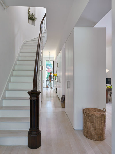 Transitional Staircase by Murdock Solon Architects
