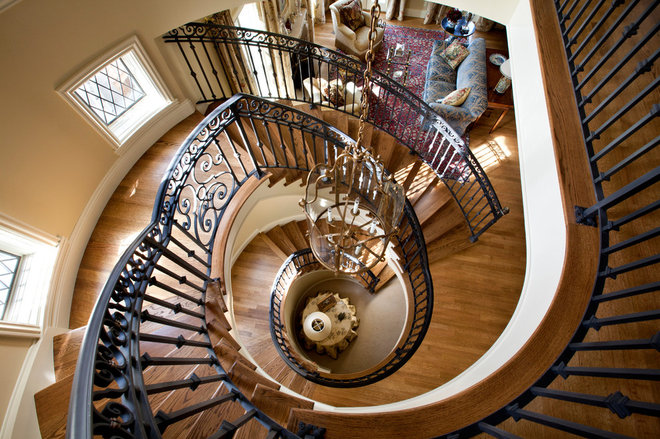 Traditional Staircase by Linda L. Floyd, Inc., Interior Design