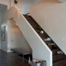Contemporary Staircase by Rénovation Deschênes