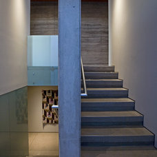 Contemporary Staircase by Kendle Design Collaborative