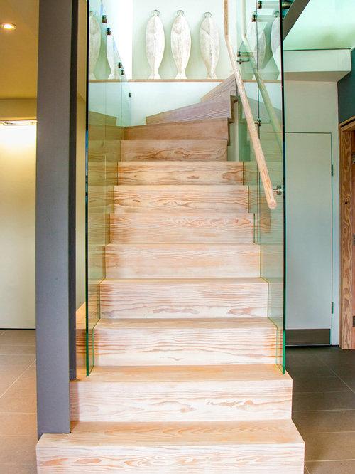 Trendy Staircase Photo In Edinburgh