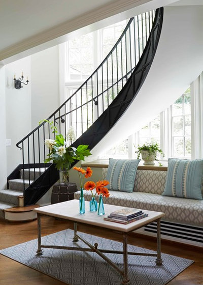 Transitional Staircase by MARY ROONEY INTERIOR DIMENSIONS