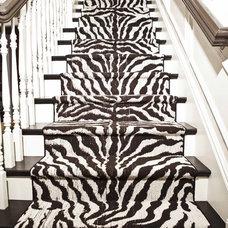 Contemporary Staircase by Drew McGukin Interiors @drewmcgukin