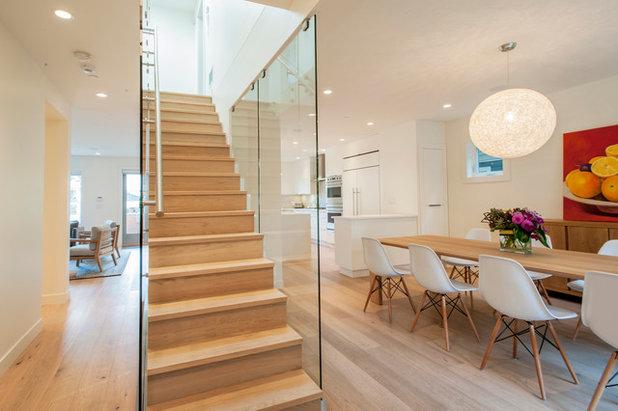 Contemporain Escalier by Rain City Homes Ltd.
