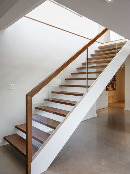 Houzz 50 best modern staircase pictures modern for Modern wood stairs