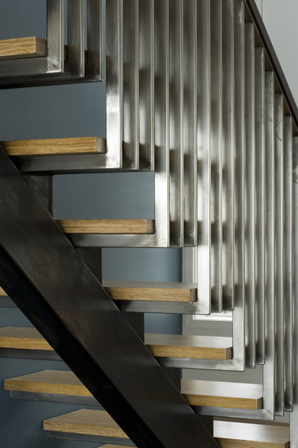Modern Staircase by John Lum Architecture, Inc. AIA