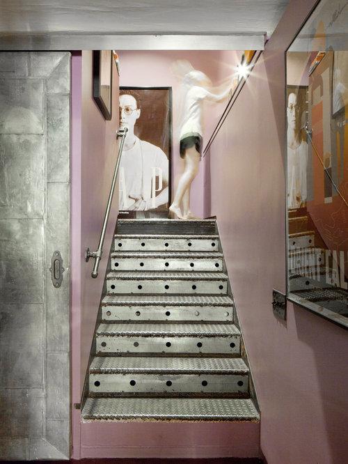 Metal staircase houzz - Decorazioni per scale interne ...