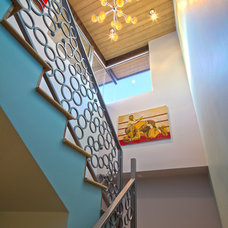 Contemporary Staircase by Enclosures Architects