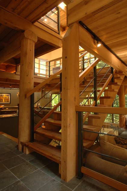 Contemporary Staircase by Synthesis Design Inc.