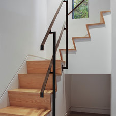 Modern Staircase by Union Studio