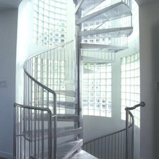 Contemporary Staircase by Canyon Construction