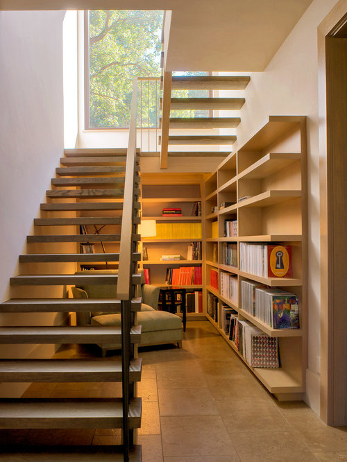 Farmhouse staircase design ideas remodels photos for Interieur contemporain