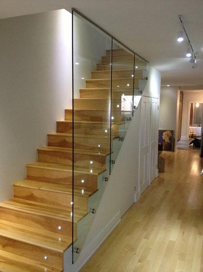 8 escaliers cassent les codes. Black Bedroom Furniture Sets. Home Design Ideas