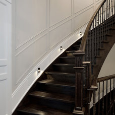 Traditional Staircase by My Design Studio, Yasmine Goodwin