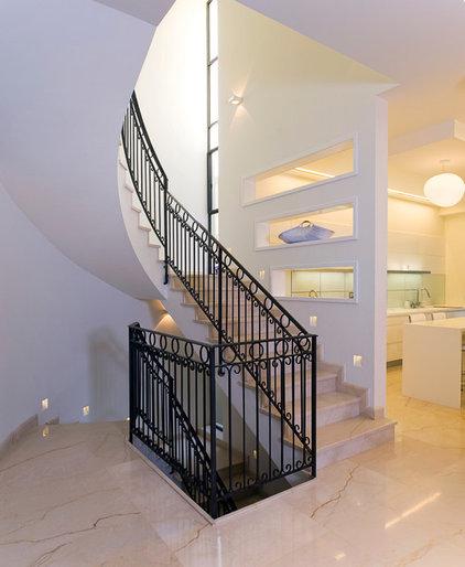 Contemporary Staircase by Yaniv Schwartz - Photographer