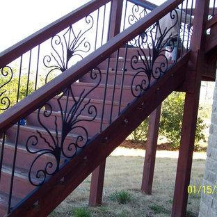 アトランタの地中海スタイルのおしゃれな階段の写真