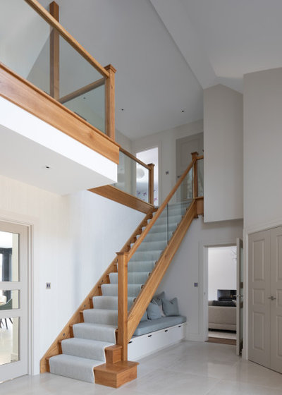 Contemporary Staircase by Studio 28 Interiors Ltd