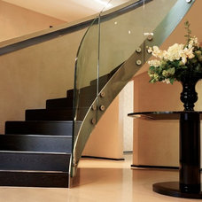 Contemporary Staircase by FiSHER iD