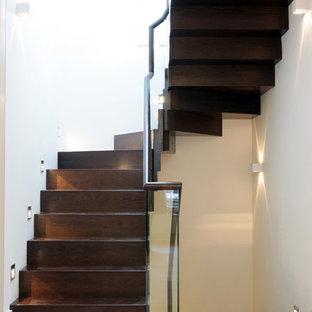 Farrier Walk mews house by Peek Architecture