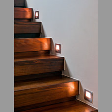 Modern Staircase by Gowling Stairs
