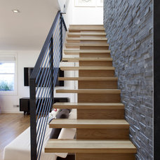 Contemporary Staircase by Feldman Architecture, Inc.