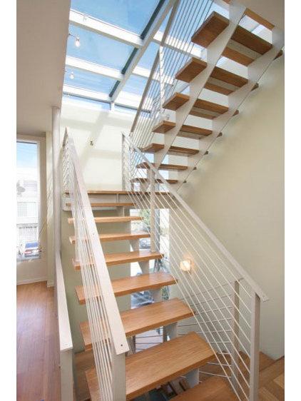 Modern Staircase by Feldman Architecture, Inc.