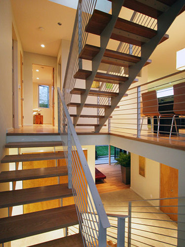 Modern Split Foyer : Split foyer houzz