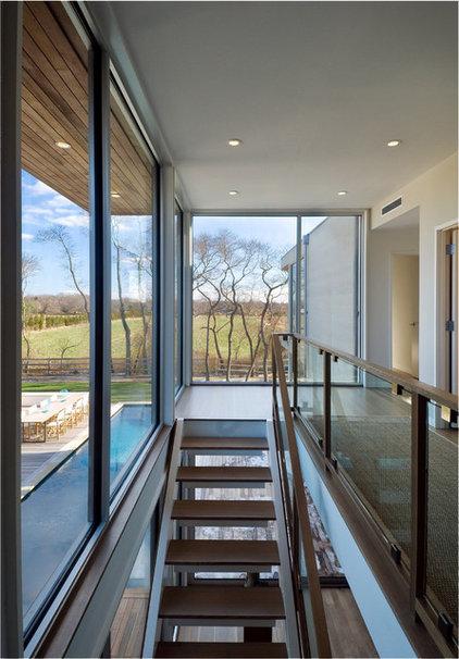 Modern Hall Fieldview