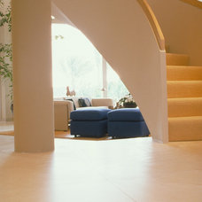 Contemporary Staircase by Powell/Kleinschmidt, Inc.