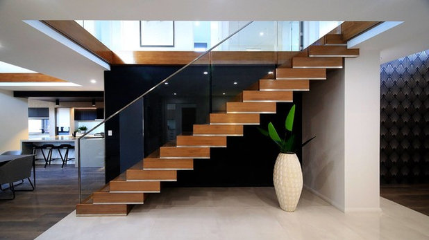 Contemporary Staircase by Designer Staircases Pty Ltd