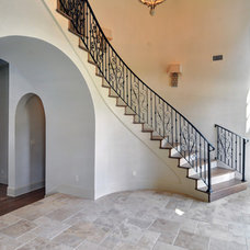 Traditional Staircase by Braswell Homes Inc