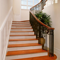 Tropical Staircase by Giffin & Crane General Contractors, Inc.