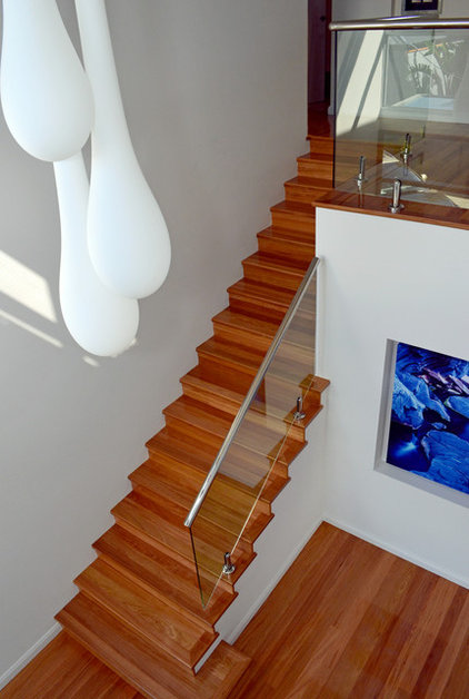 modern staircase by Jennie Hunt