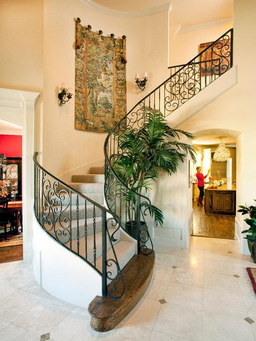Photos et id es d co d 39 escaliers courbes avec des for Moquette chic