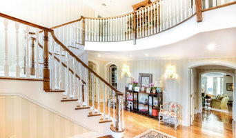 Front Entrance Traditional Winding Staircase